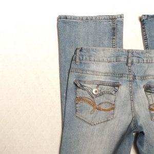 L.e.i. Ashley Low Rise Boot Cut Short Denim Jeans